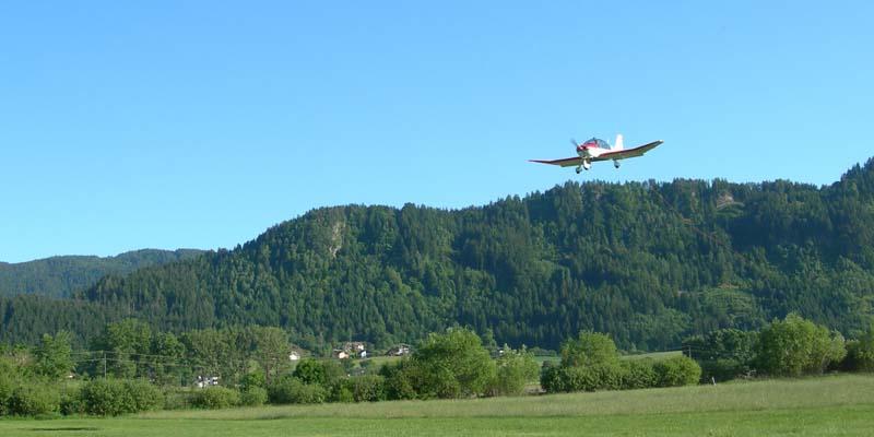 Motorflugzeuge02.jpg